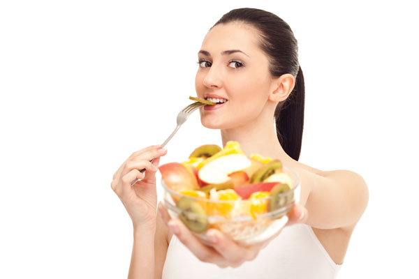 Nên ăn trái cây vào lúc nào, trước hay sau bữa ăn?